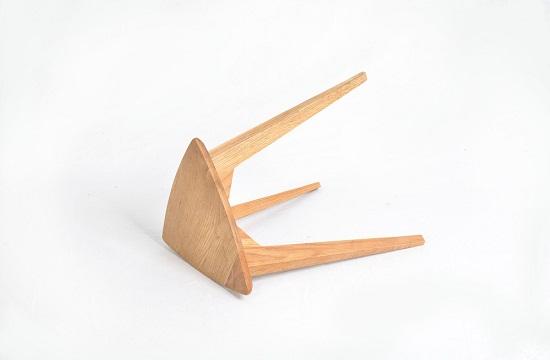 Triangular-Stool05